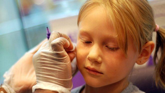 Можно ли обрабатывать уши хлоргексидином