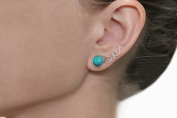Болит дырка в ушах от сережек